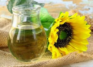 Komposisi Blue Pearl A+: Sunflower Seed Oil