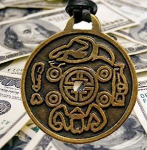 Apa Itu Money Amulet — Money Amulet asli adalah jimat untuk menarik energi uang ke dompet kita